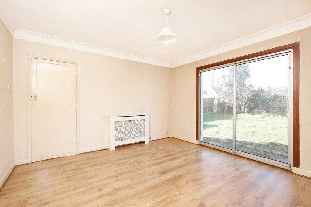 3 bed bungalow for sale in Northumberland Avenue, Welling, DA16  - Property Image 7