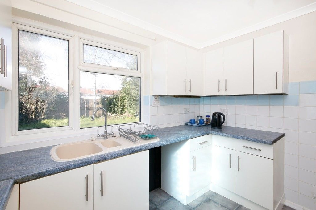 3 bed bungalow for sale in Northumberland Avenue, Welling, DA16  - Property Image 8