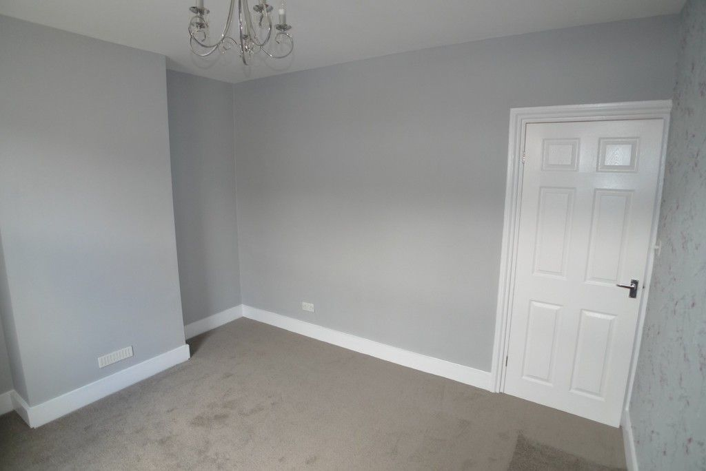 2 bed house to rent in Blenheim Road, Dartford, DA1 3