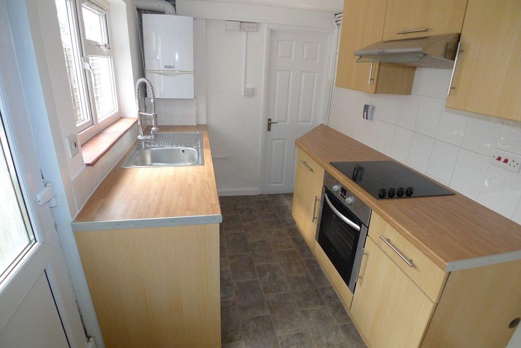 2 bed house to rent in Blenheim Road, Dartford, DA1 6