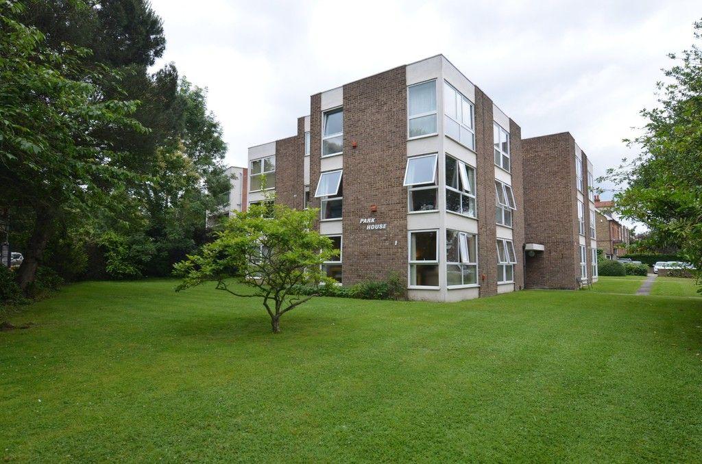 2 bed flat to rent in Chislehurst Road, Sidcup, DA14, DA14