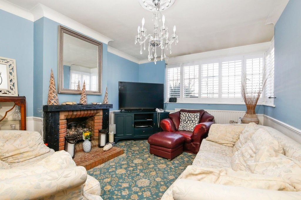 3 bed house for sale in Crombie Road, Sidcup, DA15  - Property Image 2