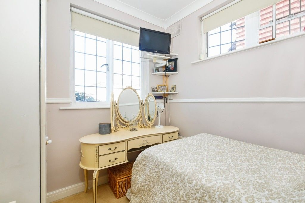 3 bed house for sale in Crombie Road, Sidcup, DA15  - Property Image 11