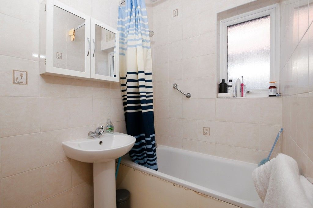 3 bed house for sale in Sidcup Hill, Sidcup, DA14  - Property Image 6