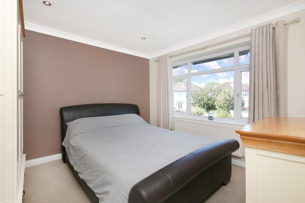 2 bed flat for sale in Blenheim Court, Sidcup, DA14  - Property Image 4