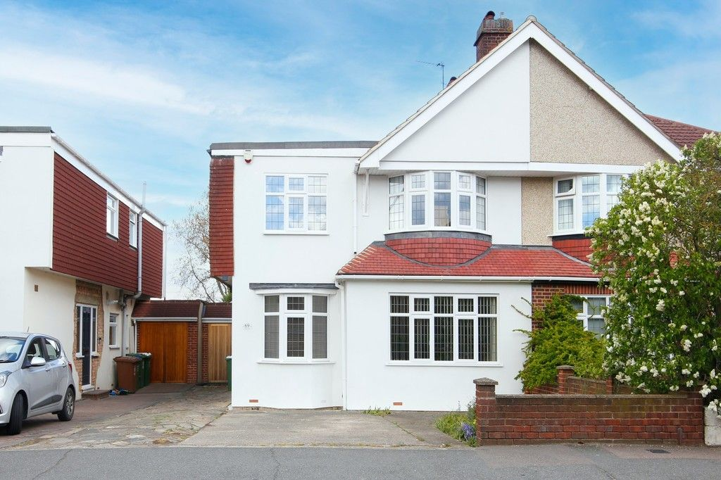 5 bed house for sale in Faraday Avenue, Sidcup, DA14  - Property Image 1