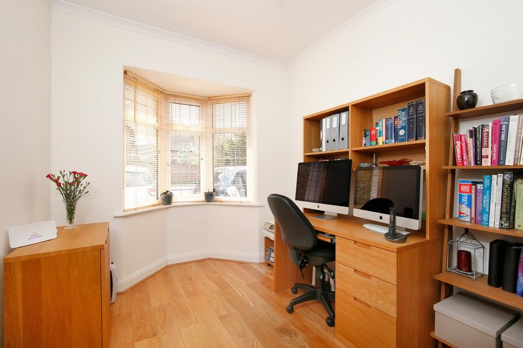 5 bed house for sale in Faraday Avenue, Sidcup, DA14  - Property Image 9