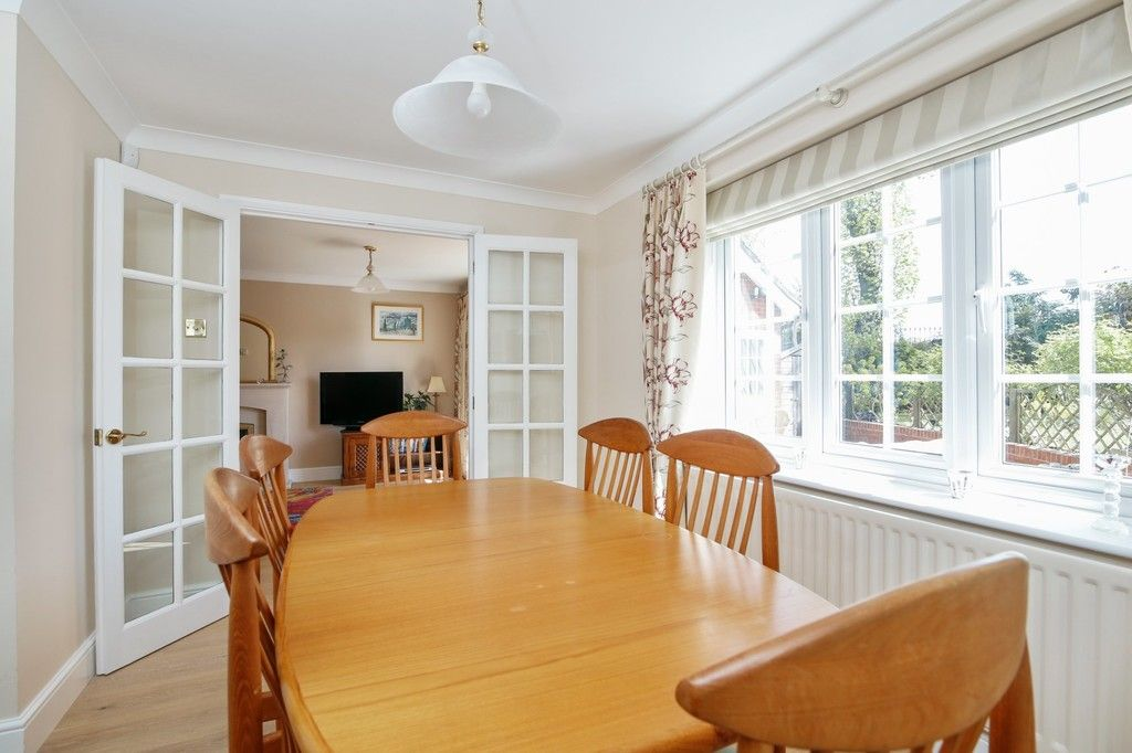 4 bed house for sale in Hemmings Close, Sidcup, DA14  - Property Image 3