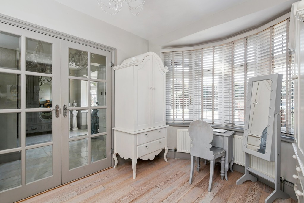 4 bed house for sale in Meadow View, Sidcup, DA15  - Property Image 12