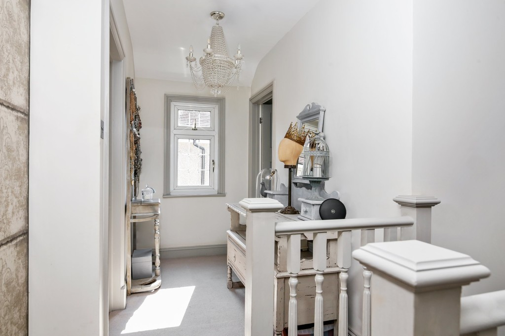 4 bed house for sale in Meadow View, Sidcup, DA15  - Property Image 16