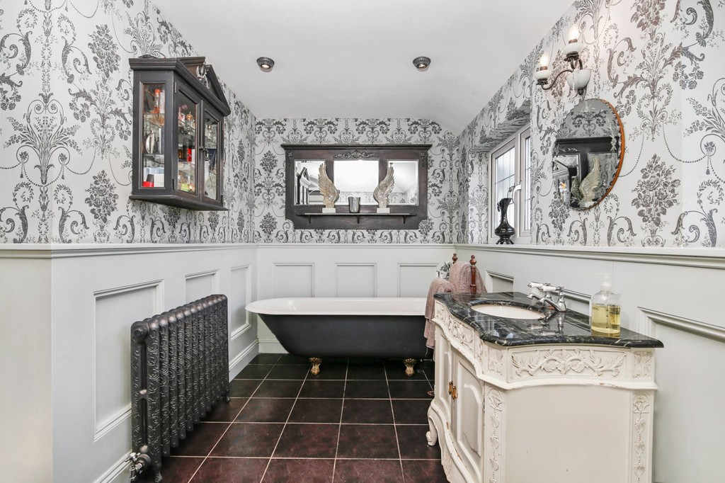 4 bed house for sale in Meadow View, Sidcup, DA15  - Property Image 7
