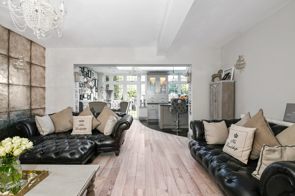4 bed house for sale in Meadow View, Sidcup, DA15  - Property Image 9