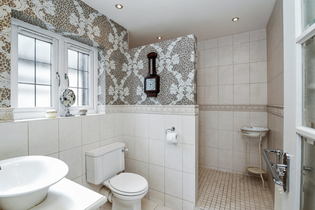 4 bed house for sale in Meadow View, Sidcup, DA15  - Property Image 10