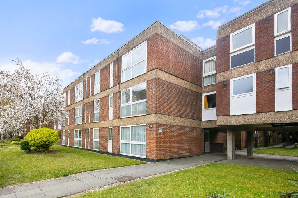 2 bed flat for sale in Longlands Road, Sidcup, DA15  - Property Image 4
