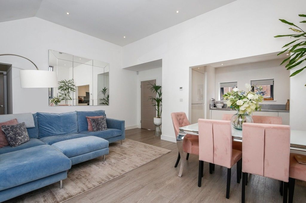 2 bed bungalow for sale in Northcote Road, Sidcup, DA14  - Property Image 2