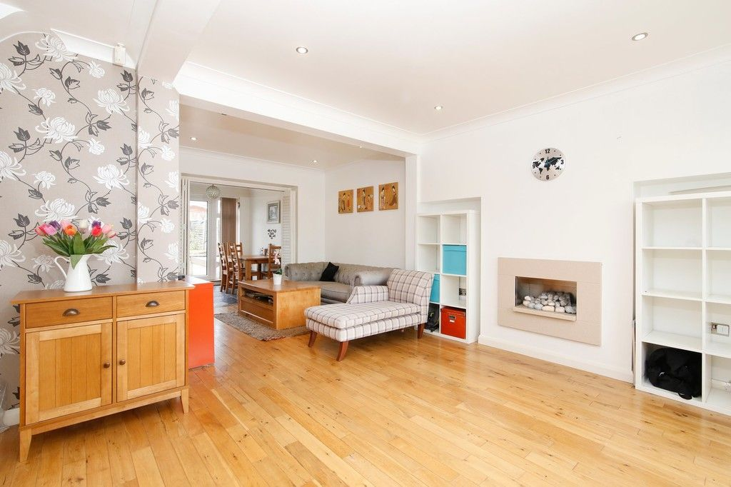 3 bed house for sale in Berwick Crescent, Sidcup, DA15  - Property Image 2