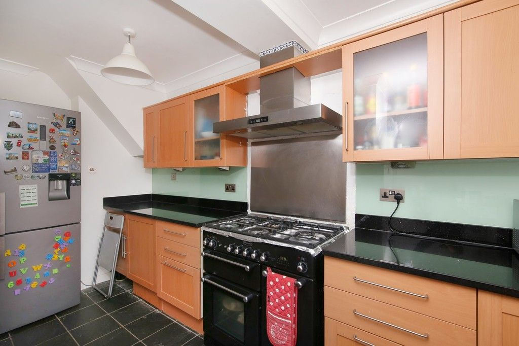 3 bed house for sale in Berwick Crescent, Sidcup, DA15  - Property Image 3