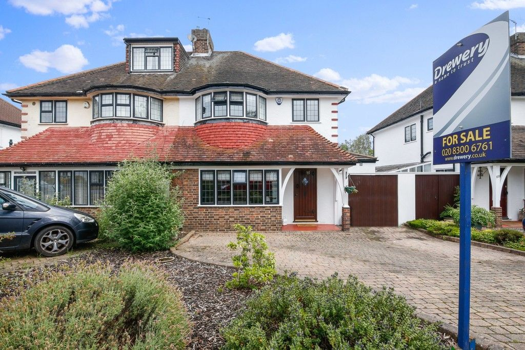 3 bed house for sale in Longlands Road, Sidcup, DA15  - Property Image 1