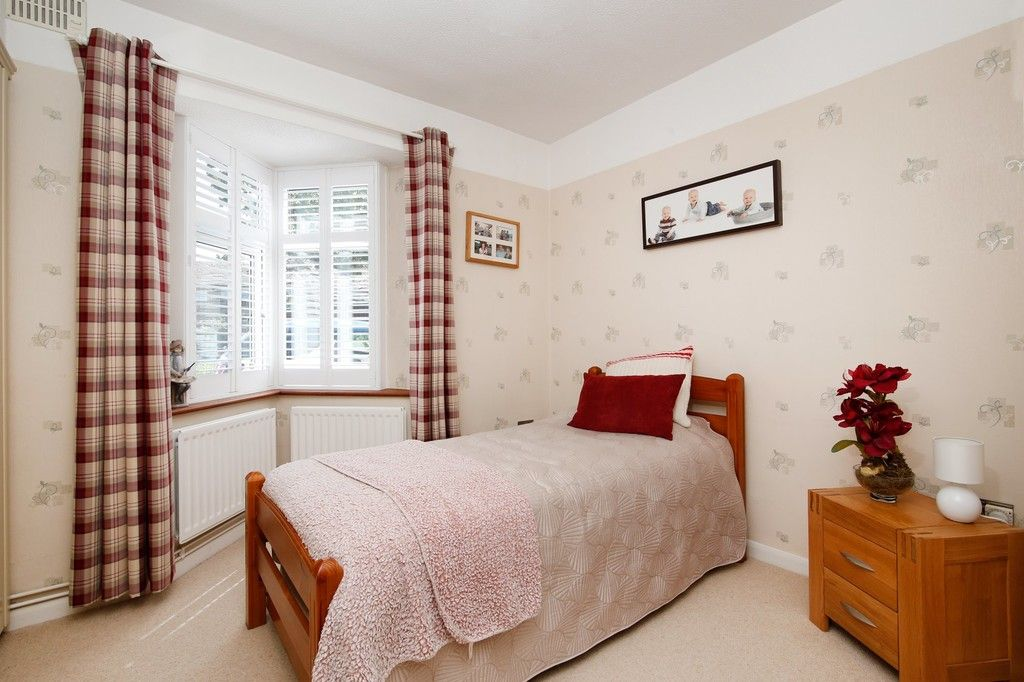 2 bed bungalow for sale in Old Farm Road East, Sidcup, DA15  - Property Image 13