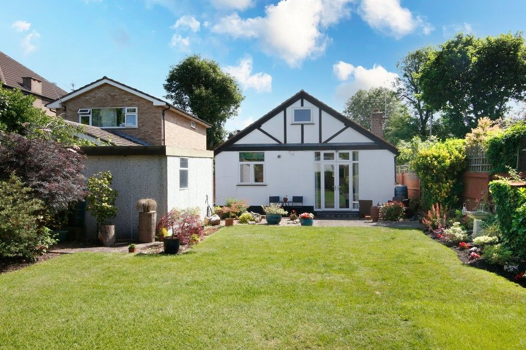 2 bed bungalow for sale in Old Farm Road East, Sidcup, DA15  - Property Image 3