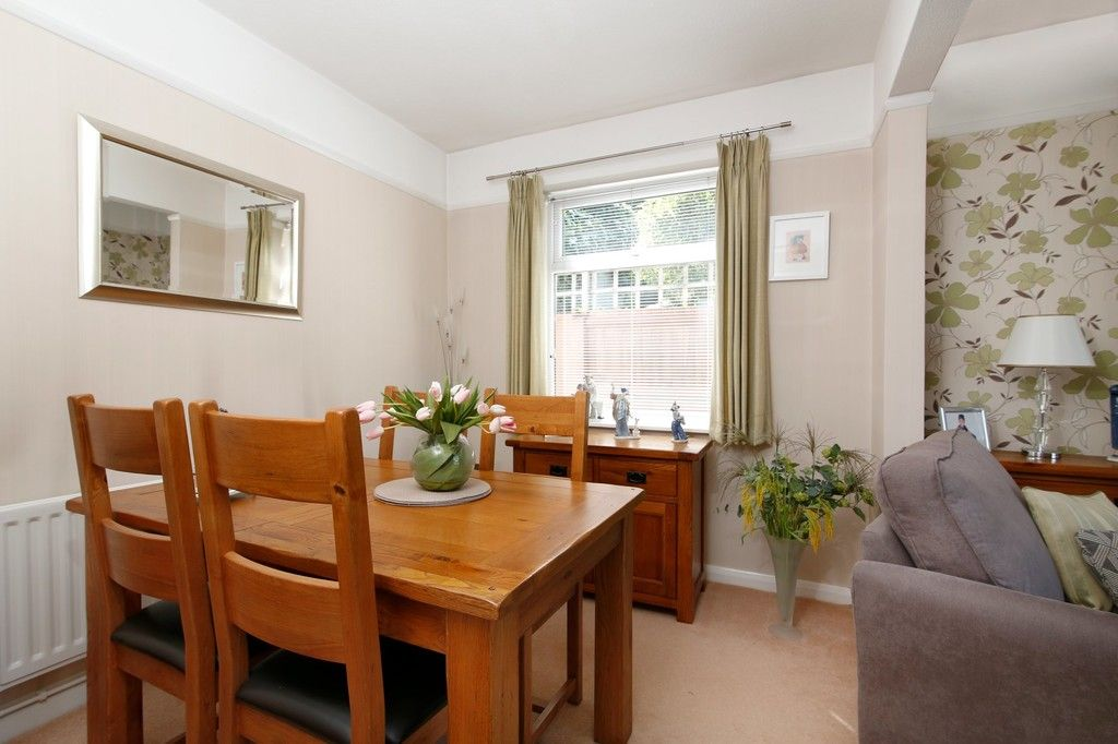 2 bed bungalow for sale in Old Farm Road East, Sidcup, DA15  - Property Image 5