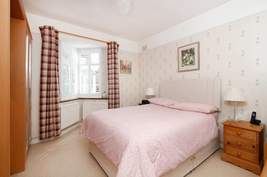 2 bed bungalow for sale in Old Farm Road East, Sidcup, DA15  - Property Image 7