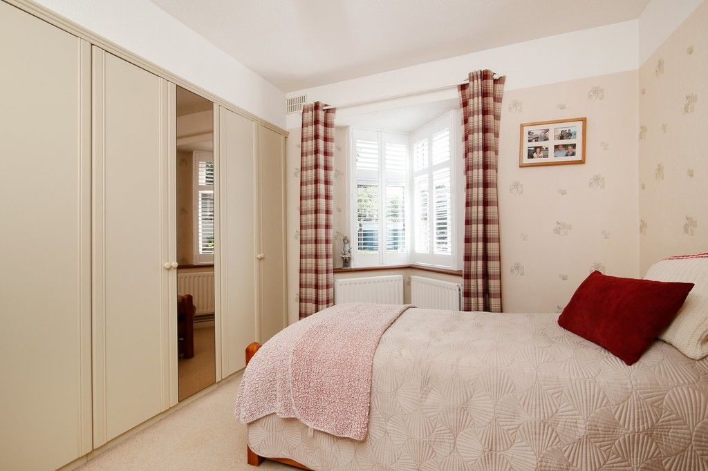 2 bed bungalow for sale in Old Farm Road East, Sidcup, DA15  - Property Image 8