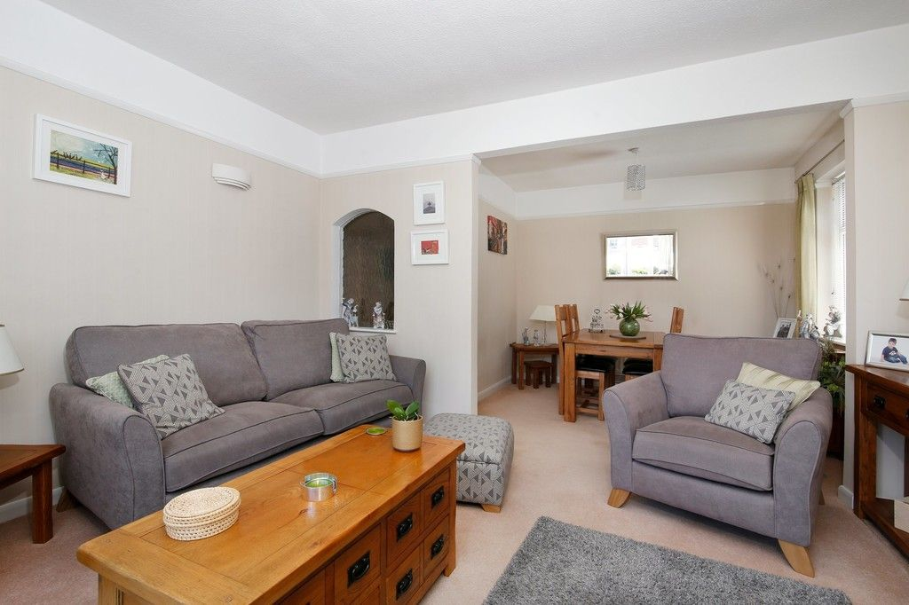 2 bed bungalow for sale in Old Farm Road East, Sidcup, DA15  - Property Image 9