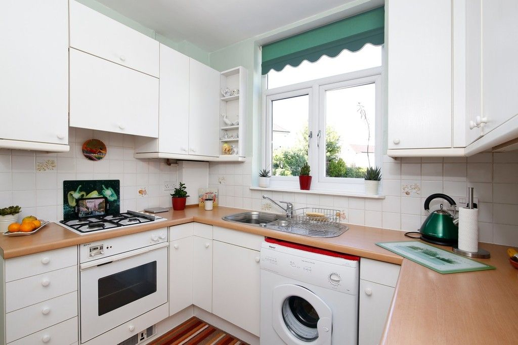 2 bed bungalow for sale in Old Farm Road East, Sidcup, DA15  - Property Image 10