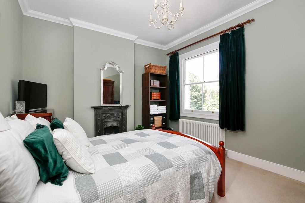 4 bed house for sale in Knoll Road, Sidcup. DA14 4QT  - Property Image 6