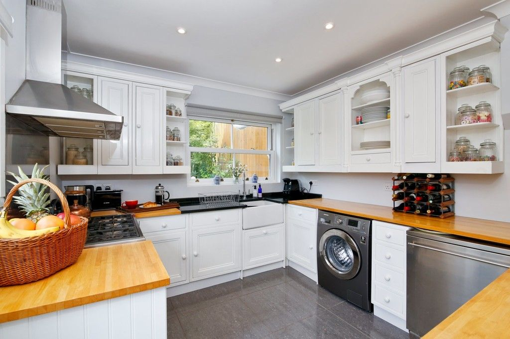 4 bed house for sale in Knoll Road, Sidcup. DA14 4QT  - Property Image 7