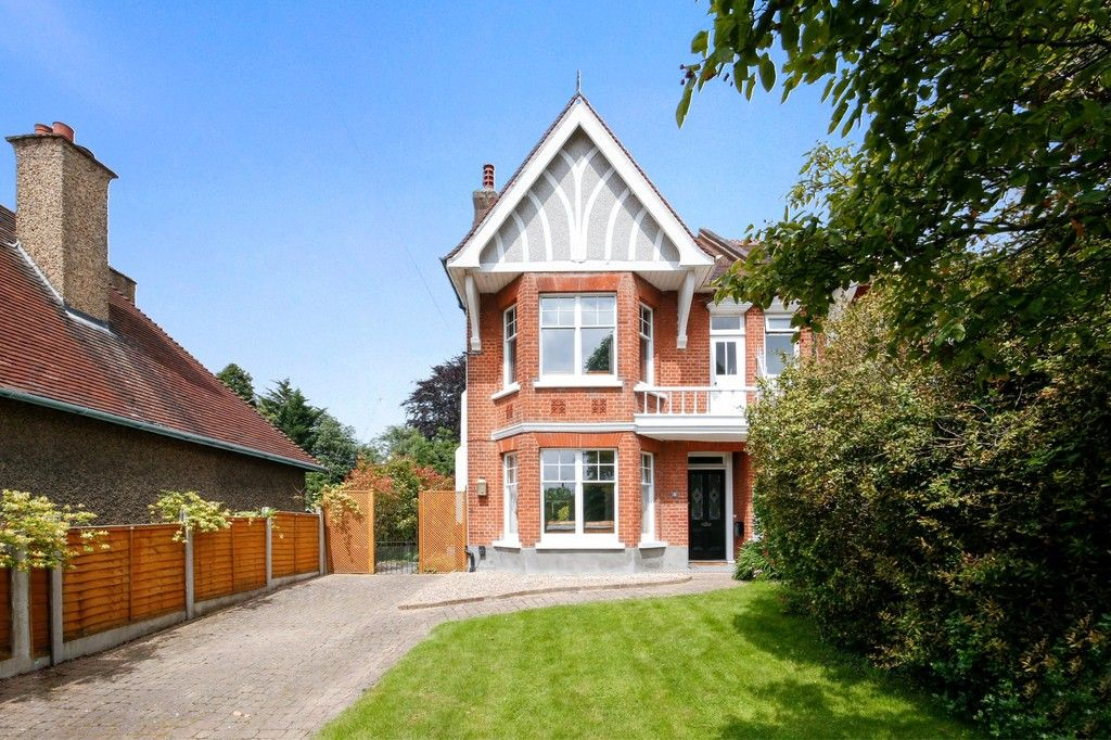 4 bed house for sale in Knoll Road, Sidcup. DA14 4QT  - Property Image 9