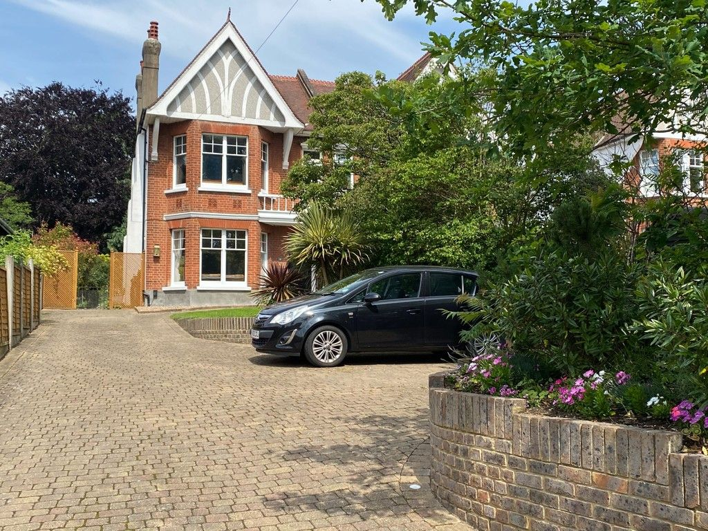 4 bed house for sale in Knoll Road, Sidcup. DA14 4QT  - Property Image 10