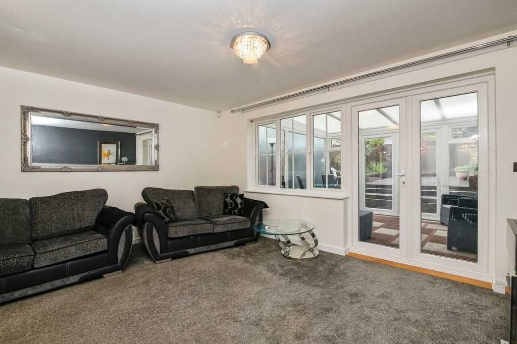 4 bed house for sale in Cloudeseley Close, Sidcup, DA14  - Property Image 2