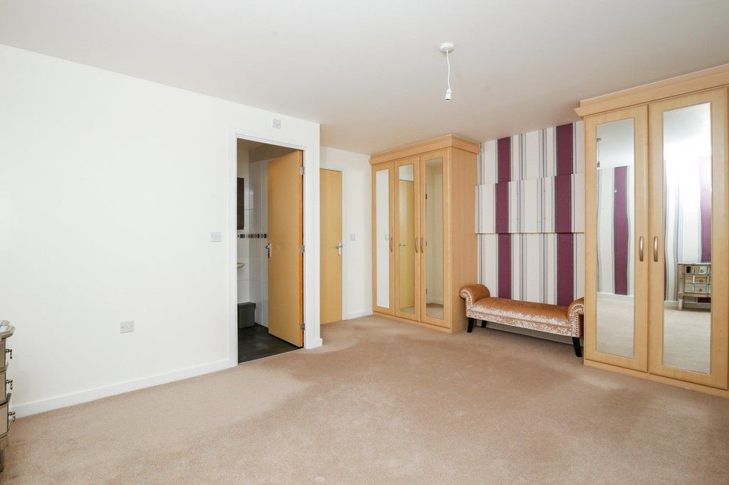 4 bed house for sale in Cloudeseley Close, Sidcup, DA14  - Property Image 13