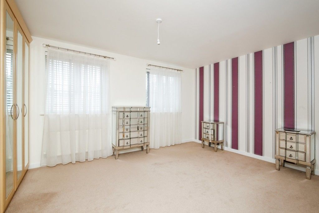 4 bed house for sale in Cloudeseley Close, Sidcup, DA14  - Property Image 5