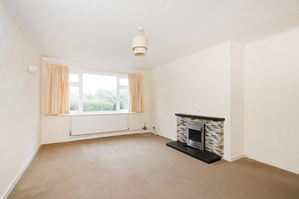 2 bed flat for sale in Appledore Crescent, Sidcup, DA14  - Property Image 2