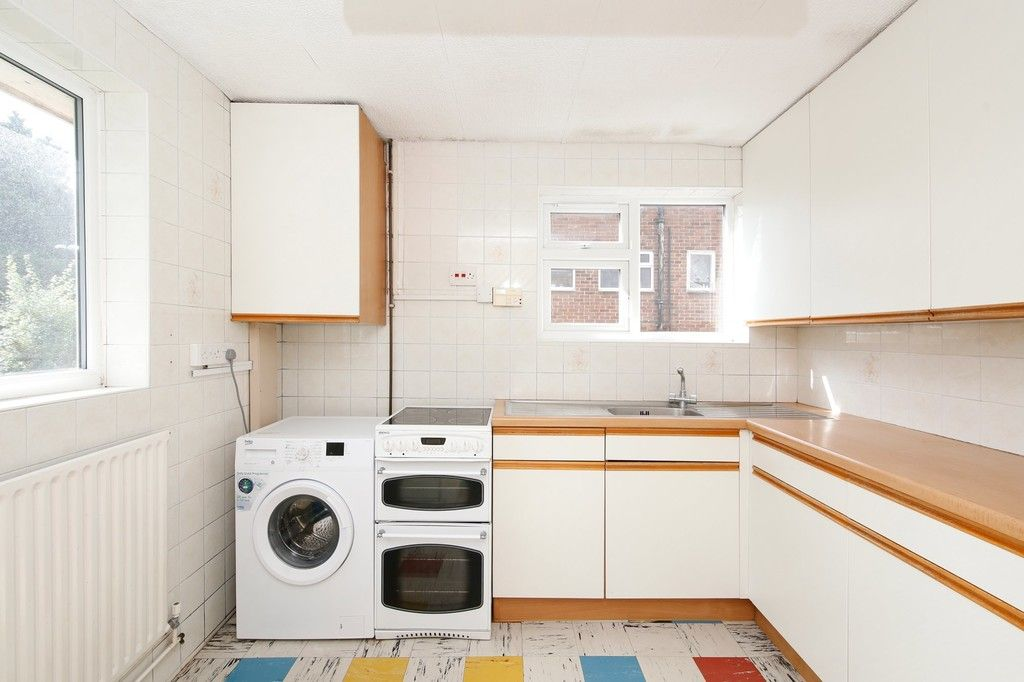 2 bed flat for sale in Appledore Crescent, Sidcup, DA14  - Property Image 8