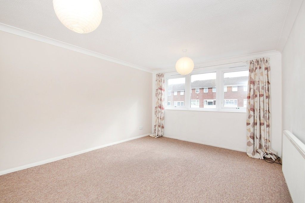 3 bed house for sale in Greenwood Close, Sidcup, DA15  - Property Image 2