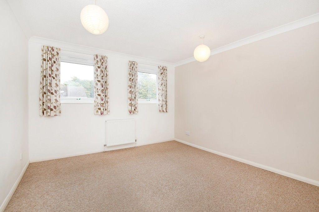 3 bed house for sale in Greenwood Close, Sidcup, DA15  - Property Image 4