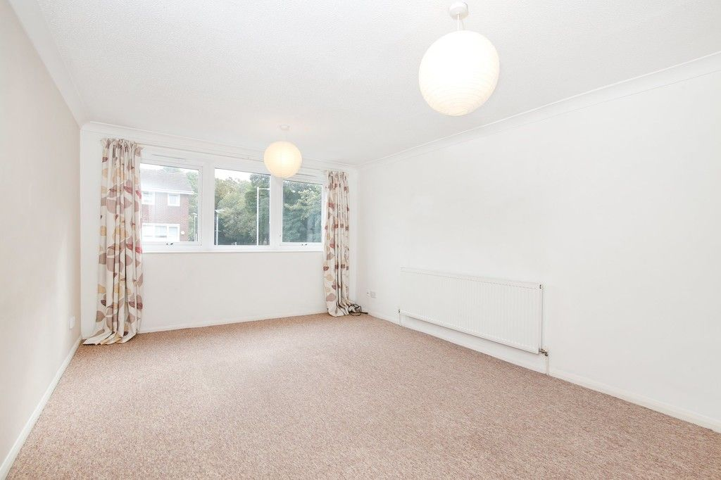 3 bed house for sale in Greenwood Close, Sidcup, DA15  - Property Image 9