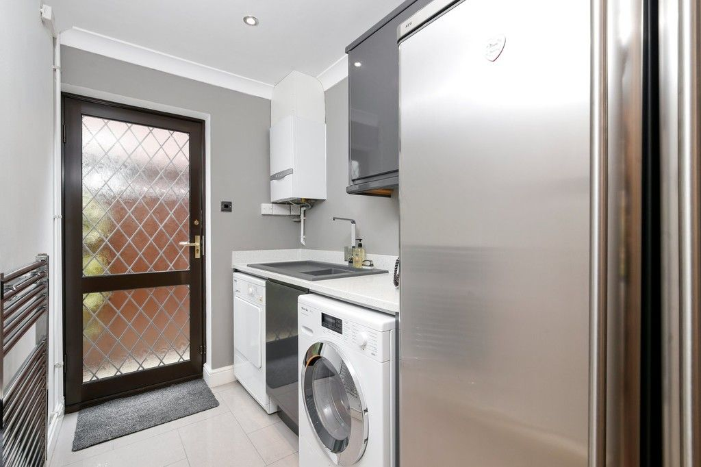 4 bed house for sale in Maple Leaf Drive, Sidcup, DA15 8W  - Property Image 11