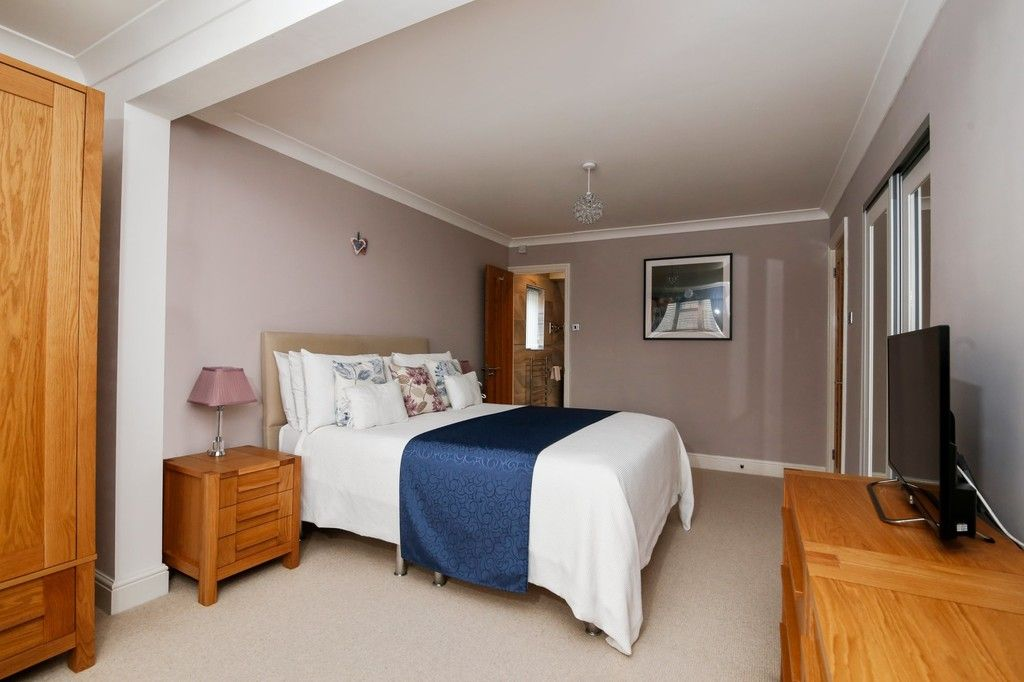 4 bed house for sale in Maple Leaf Drive, Sidcup, DA15 8W  - Property Image 13