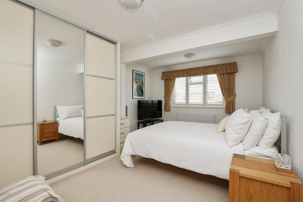 4 bed house for sale in Maple Leaf Drive, Sidcup, DA15 8W  - Property Image 6