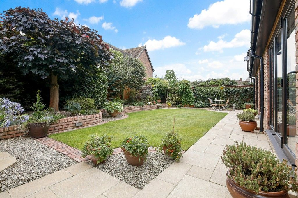 4 bed house for sale in Maple Leaf Drive, Sidcup, DA15 8W  - Property Image 8