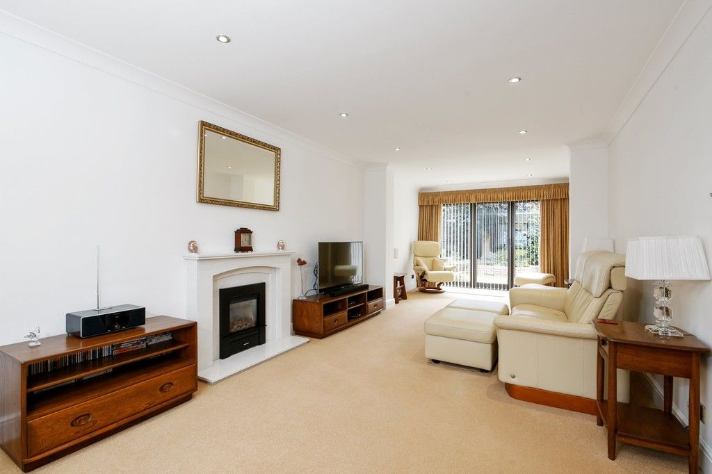 4 bed house for sale in Maple Leaf Drive, Sidcup, DA15 8W  - Property Image 9