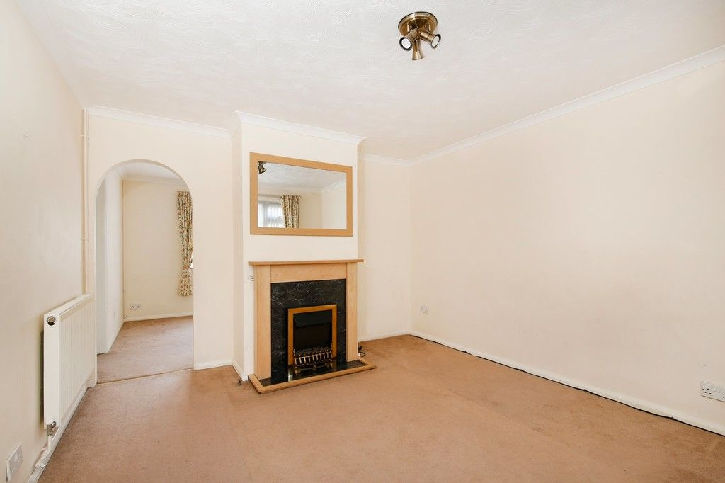 3 bed house for sale in Ellenborough Road, Sidcup  - Property Image 2