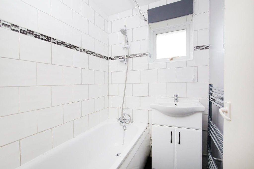 3 bed house for sale in Ellenborough Road, Sidcup  - Property Image 5