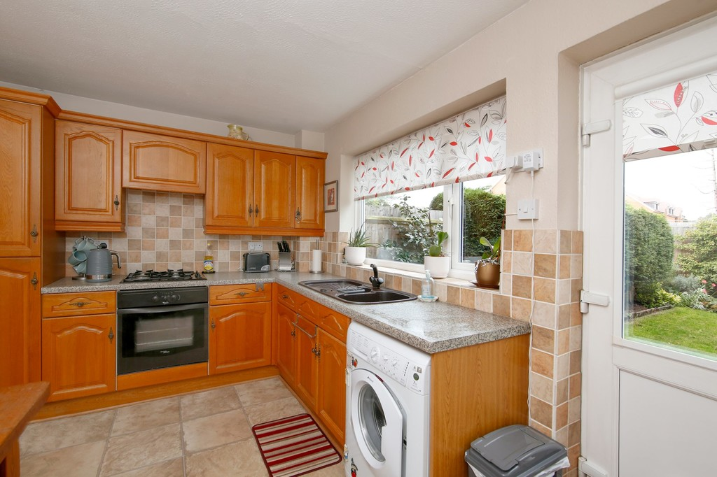 2 bed house for sale in Bursdon Close, Sidcup, DA15  - Property Image 3
