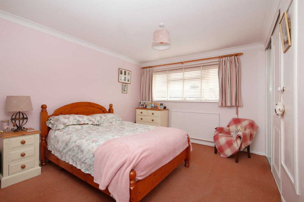 2 bed house for sale in Bursdon Close, Sidcup, DA15  - Property Image 4